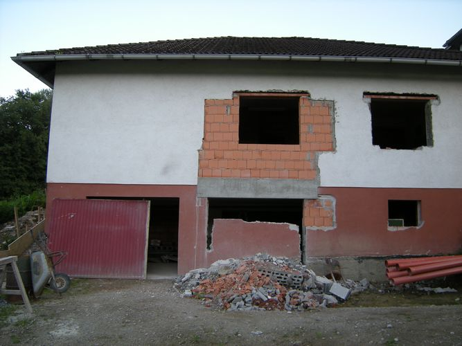 unterzug wohnzimmer:Unterzug wohnzimmer : Mauerarbeiten zu 95% fertig, Technikraum auch